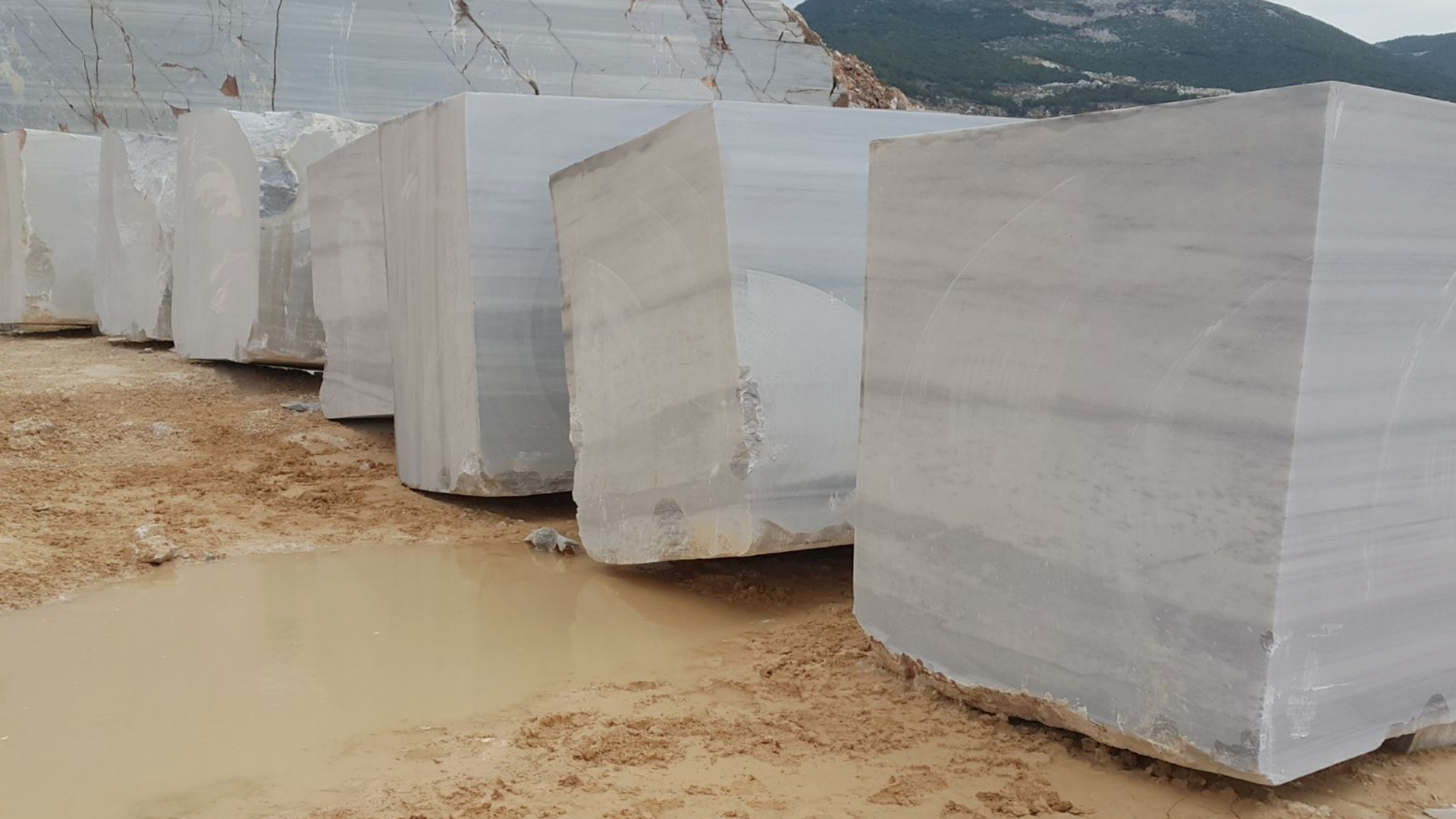 marmara-equator-marble